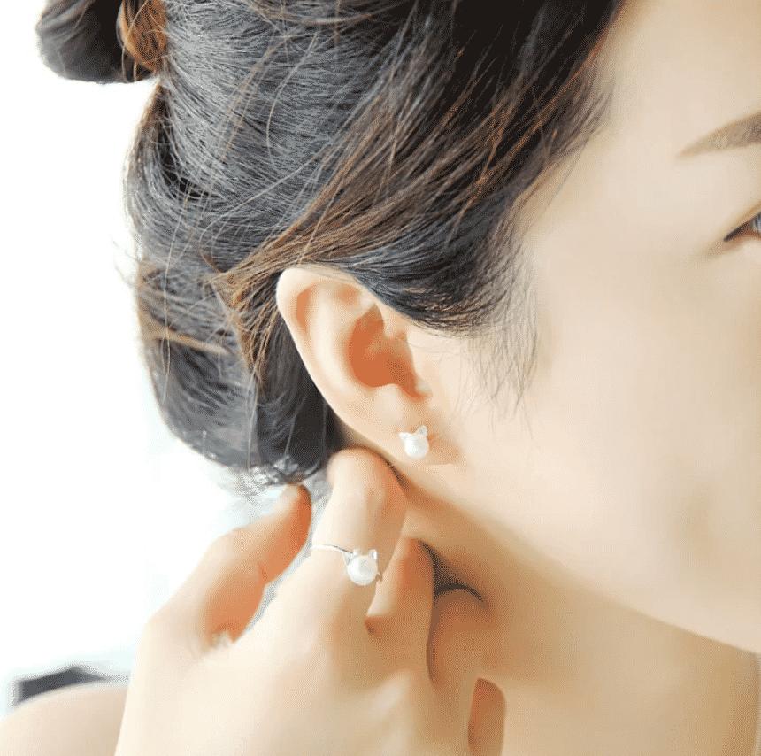 Boucle d'oreilles chat La Belle Perle 2