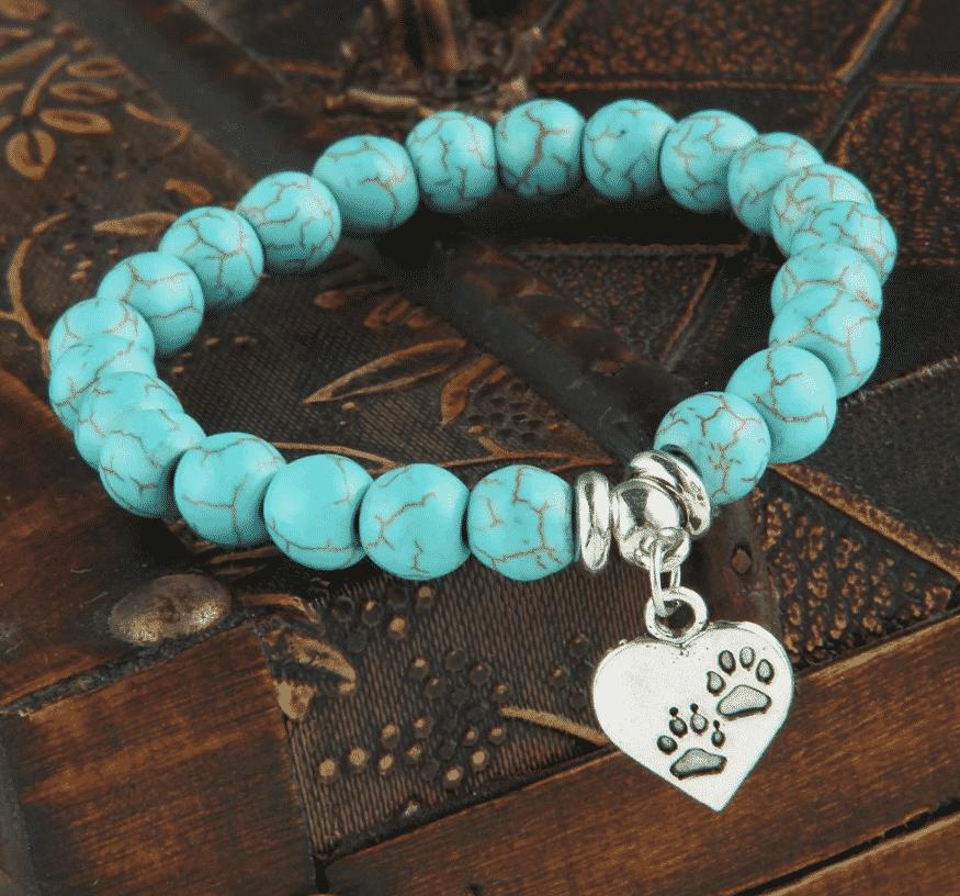 Bracelet chat Perles turquoises, pendentif cœur avec pattes 3