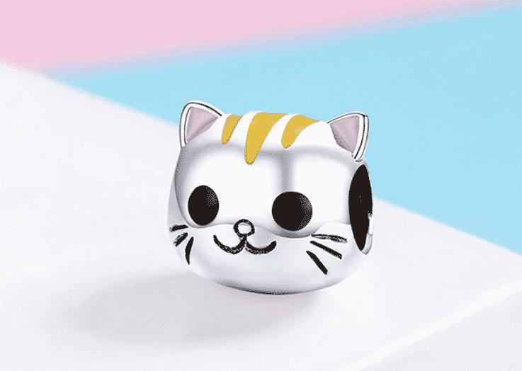 Petit charme Chat La Jolie bouille colorée