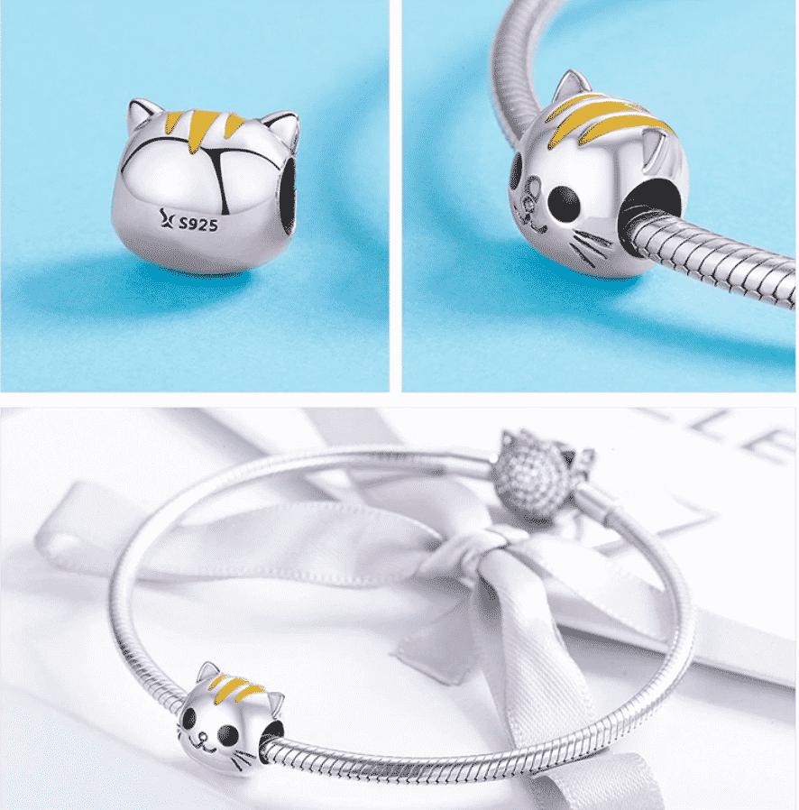 Bracelet en argent avec le charme chat la bouille colorée