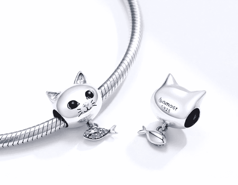 Charms Chat (argent) - Tête de chat avec poisson orné de cristaux en pendentif 5